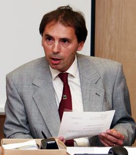 Prof. dr. Davor Pavuna