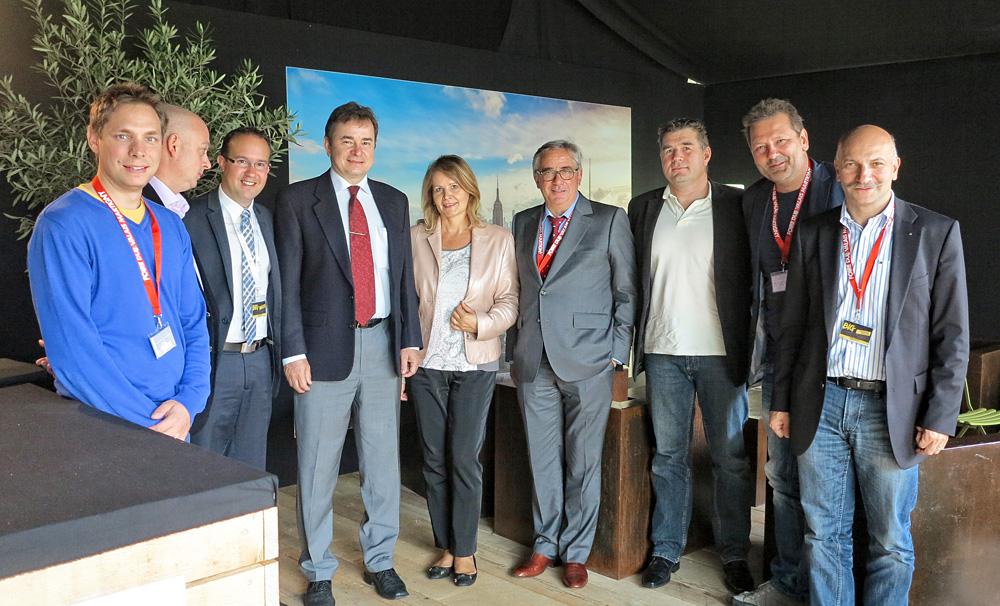 Veleposlanik Heina sa suprugom i predsjednik sajma Jean-Claude Constantin (četvrti s desna) te direktor David Genolet (treći s lijeva).